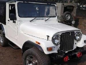 Mahindra Jeep 540 with AC Power Steering Power Brake. Look like a THAR